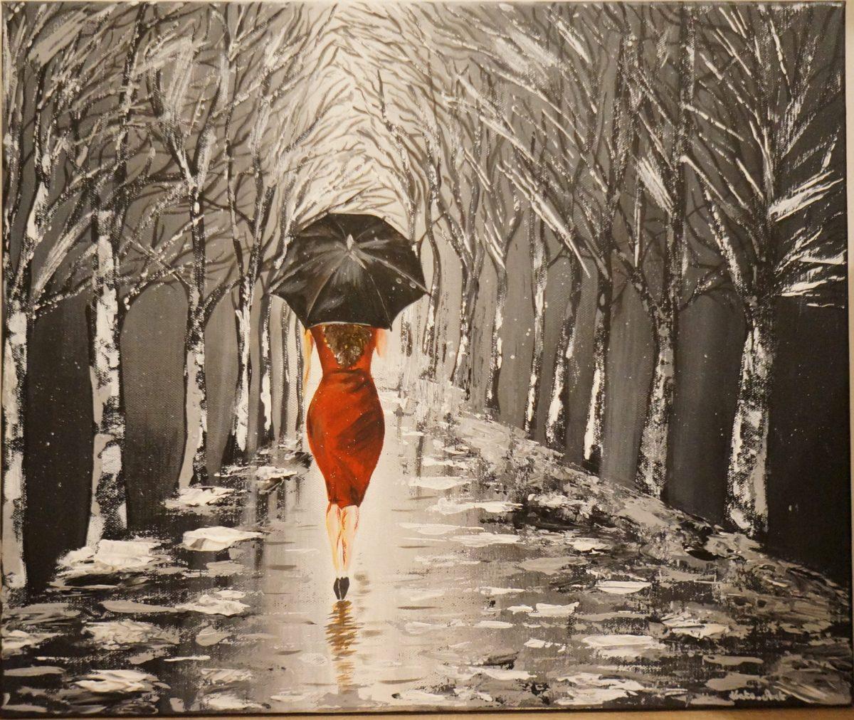 Black Umbrella - peinture acrylique fait au couteau, avec une femme en robe rouge etavec un parapluie noir marchant sous la pluie vers une allée d'arbres
