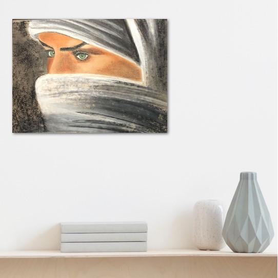 Femme du Désert, dessin pastel sec, portrait femme, accroché au mur